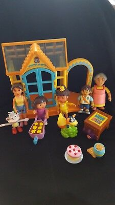 Dora the Explorer, Swiper with cookies, Lot of friends and talking house - Dora G