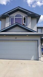 4 bedrooms home for rent in Spruce Grove