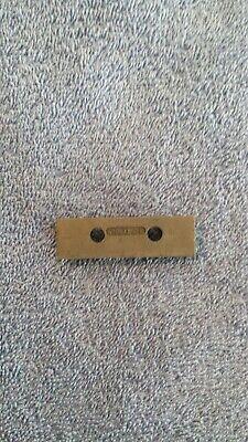 Te Connectivityamp 690673-2 Hold Down Bracket Amp K Press