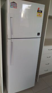 Whirlpool fridge/freezer Hornsby Hornsby Area Preview