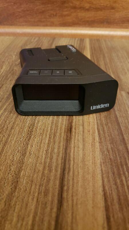 Uniden R7 long range radar laser detector with accessories