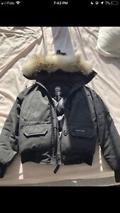 Unisex Black Canada Goose Jacket Size Small