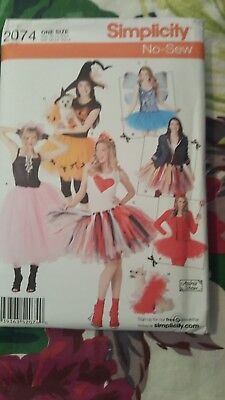 Simplicity No Sew Pattern 2074 Misses' & Small Dog Halloween Costume UNCUT (No Sew Halloween Costume)