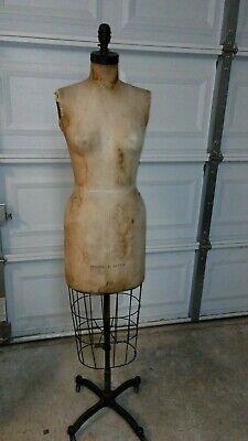 VINTAGE 1958 WOLF NYC GARMENT  DIST DRESS FORM SiZE 10-Cast Iron Base Iron Dress Form