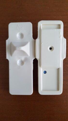 500 Genuine Sensormatic Brand MicroGator® Tag Beige w/Pin PreOwned