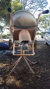 Cement mixer Whittlesea Whittlesea Area Preview