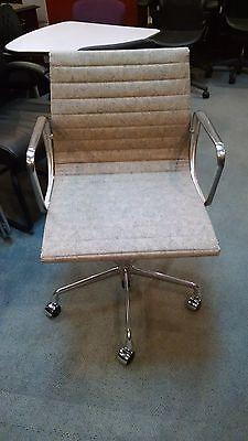 New Herman Miller Eames Aluminum Group Swivel Chair