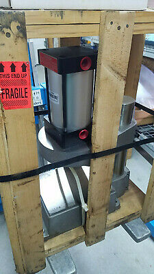 New Mead Fluid Dynamics Cp7-2a Pneumatic Column Press W 2 Hand Control