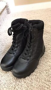 Brand new size 8 SWAT 9 inch side zip boot