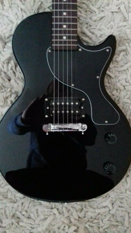 Maestro Les Paul by Gibson Electric Guitar Single Cut Away Black Finish.