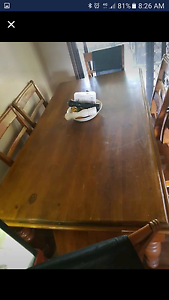 6 seater solid dining table Beenleigh Logan Area Preview