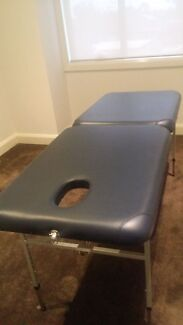 portable massage table Oakleigh East Monash Area Preview