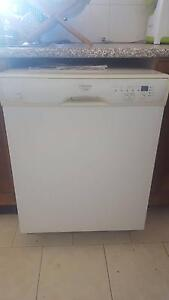 Two diswashers for parts or fix. Bondi Beach Eastern Suburbs Preview