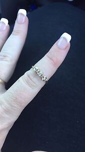 9ct gold diamond ring Geographe Busselton Area Preview