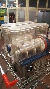 Slushy machine Innaloo Stirling Area Preview