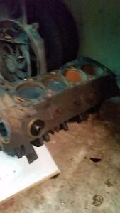 Ford 302 Cleveland block with crank and pistons Rosewater Port Adelaide Area Preview