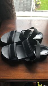 Nine West sandals size 10