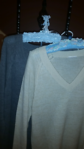 V Neck Long Lightweight Jumpers size L Narre Warren South Casey Area Preview