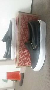 VANS Black and Gold Leather Slip On $25 Ngunnawal Gungahlin Area Preview