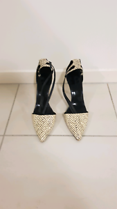 Country Road Black and White Heel Size 41 Nundah Brisbane North East Preview