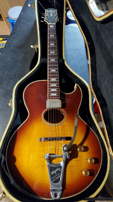 Rare Howard Roberts with bigsby electra guitars