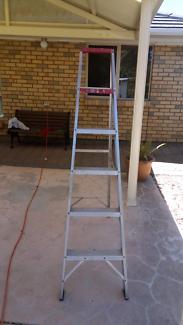 Ladder-aluminium approx 5.5feet tall