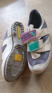 Shimano bicycle shoes size 8 Ainslie North Canberra Preview