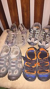 Boys size 9 lot sandals/runners