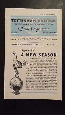 Tottenham Hotspur v F.A Select XI F.A Charity Shield Programme 12/08/61