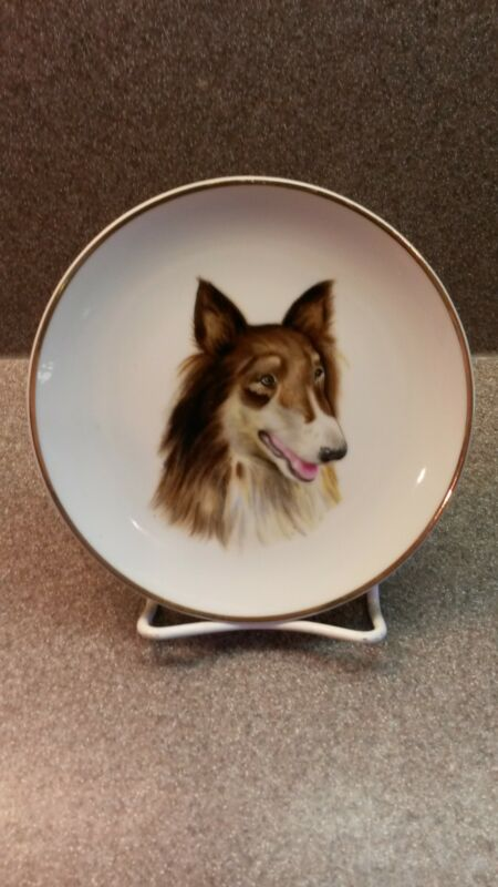 VINTAGE CHERRY CHINA PORCELAIN COLLIE DOG WALL HANGING PLATE JAPAN
