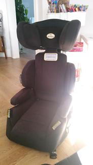 2 x carseat booster seats