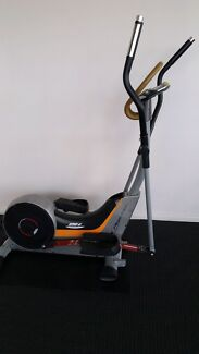 Cross trainer  Manly Vale Manly Area Preview