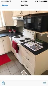 Room for rent for female student /professional  person OCT 1st