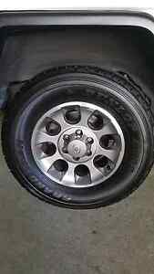 5xToyota FJ Cruiser Wheels and Tyres Fit: Prado, Hilux & Fortuner North Wollongong Wollongong Area Preview