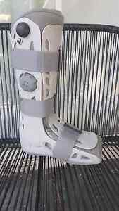 Aircast moon boot size medium Magill Campbelltown Area Preview