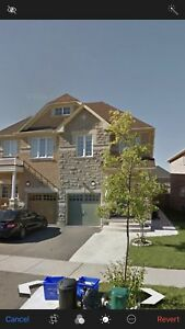 Mississauga -Churchil Meadow:  4 Bed Rooms House for rent