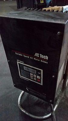 Lenze Ac Tech Variable Speed Ac Motor Drive Q24005c 5hp