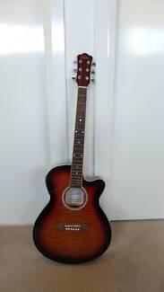 Freedom MJG501 Acoustic Guitar & Freedom FA30 Guitar Amplifier