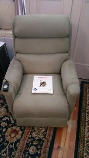Electric chair (Ashley's mini lift) $1000