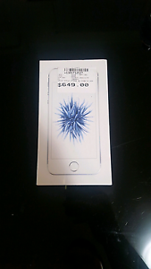 IPHONE SE 32GB SILVER UNOCKED Fyshwick South Canberra Preview
