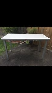 Aluminum Frame Table with casters Display Shop Table
