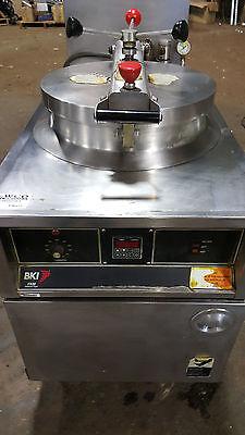 Bki Fkm Pressure Fryer Model Fkm-f Commercial