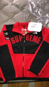 38fbf82a The North Face Supreme Jacket | Kijiji in Ontario. - Buy, Sell ...