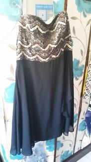 Black and gold chiffon lace top City Chic dress