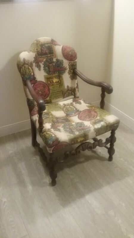VINTAGE WOOD PRINTED UPHOLSTERY CHAIR