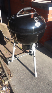 Bbq great condition weber type