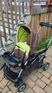 Poussette double BabyTrend Sit'N Stand LX