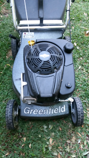 Lawn mower Greenfield push mower briggs and stratton greenfield