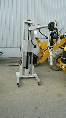Alum-a-lift 70 Lb Dual Mast Structure Ergonomic Lifting Device