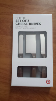 New set of cheese knives